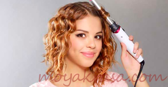 девушка с уложенными волосами