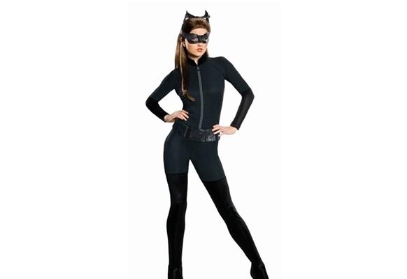 женщина-кошка на хэллоуин
