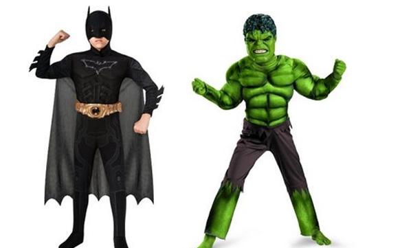мальчики в костюмах на хэллоуин