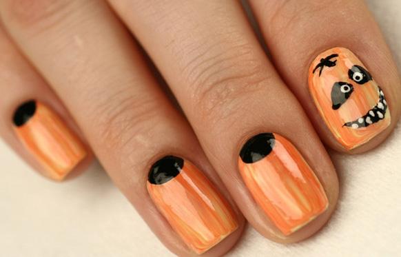 рисунок тыквы на ногтях на Хэллоуин