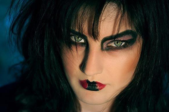 прическа для ведьмы на хэллоуин