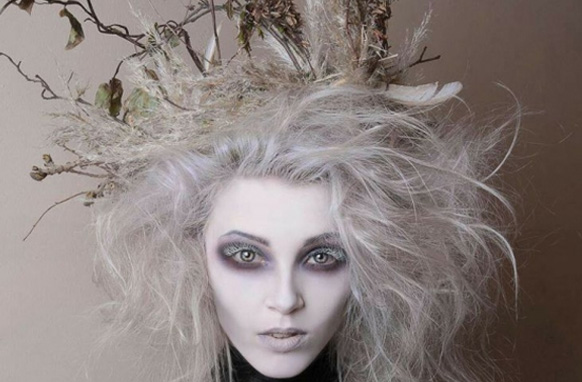 девушка на хэллоуин