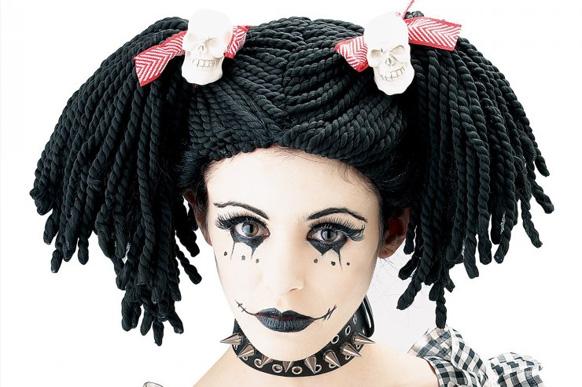 прическа куклу на хэллоуин