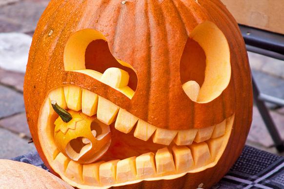 тыква в тыкве на хэллоуин