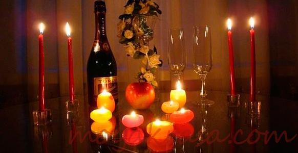 бутылка вина на романтический ужин