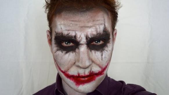 образ джокера на Хэллоуин