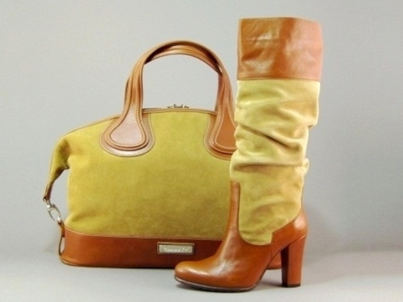 сочетание сапог с сумкой