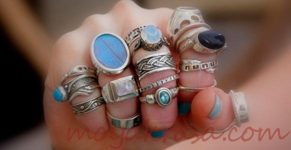 кольца на руке