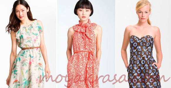 девушки в ярких летних платьях