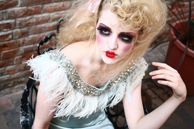 страшный макияж для костюма куклы