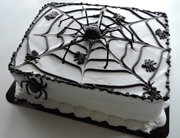 """Торт """"Паутина"""" на Хэллоуин"""