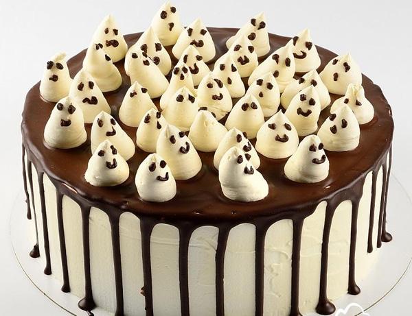 """Шоколадный торт """"Привидения"""" на Хэллоуин"""