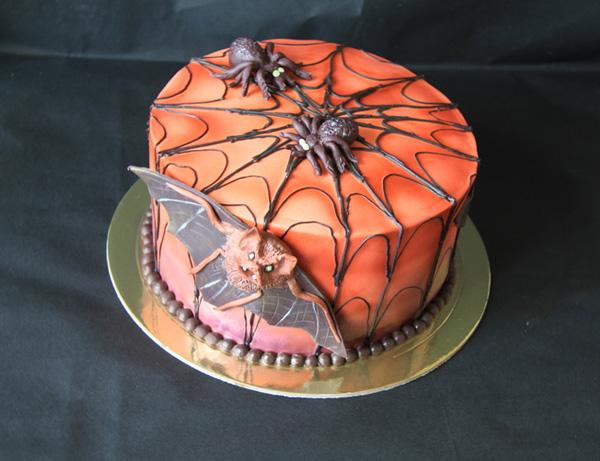 "Торт ""Летучая мышь"" на Хэллоуин"