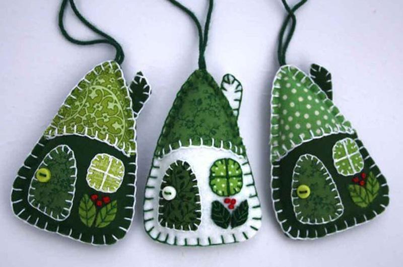зеленые домики для украшения елки