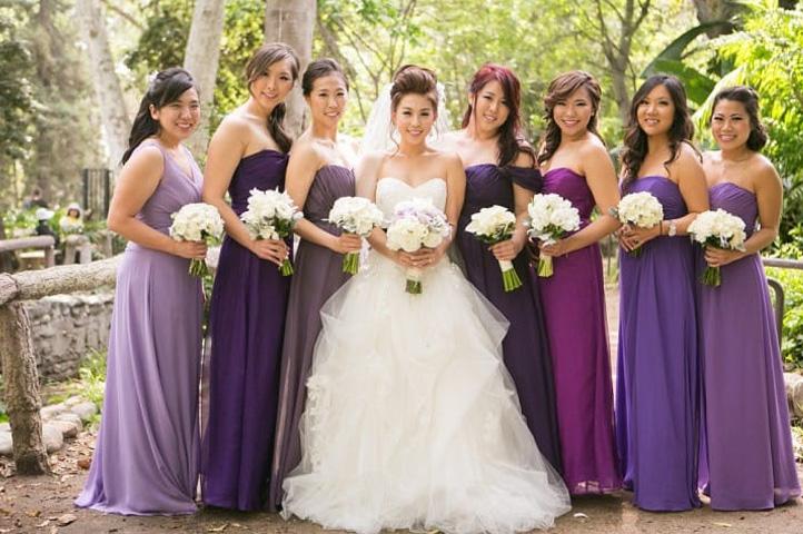 наряды подруг невесты в сиреневом тоне