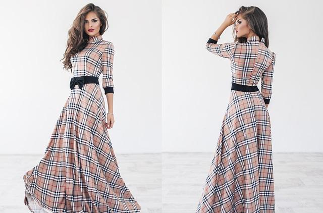 стильное длинное платье в клетку