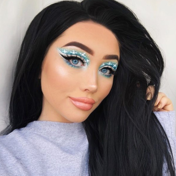 оригинальный макияж со снежинками