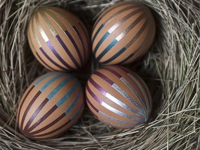 украшение пасхальных яиц полосками