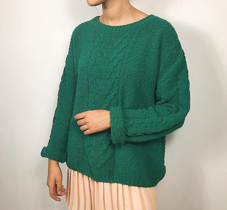 свитер зеленого цвета для девушки